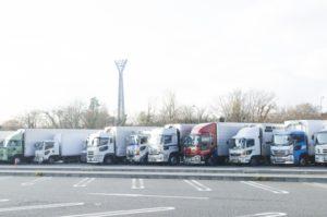 トラック写真